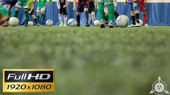 VideoHive Kids Playing Football 2 10154988