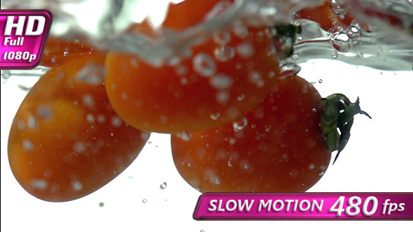 VideoHive Small Tomatoes Falling Into Water 10159443