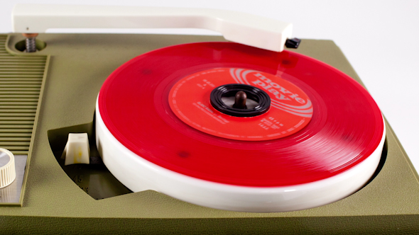 Portable Vintage Record Player 6