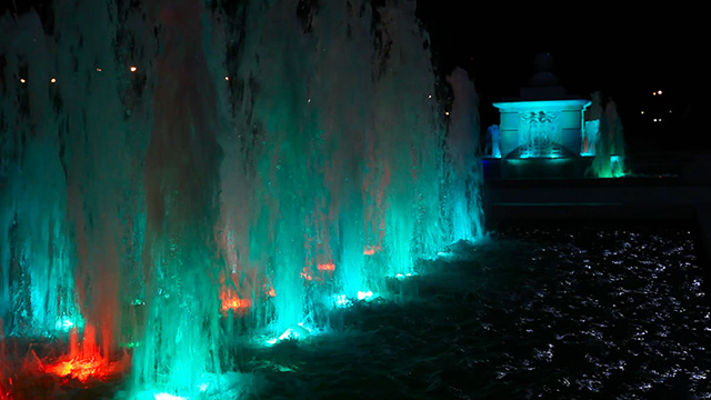 Light colour fountain
