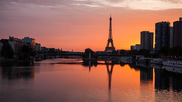 Sunrise on Paris Eiffel Tower