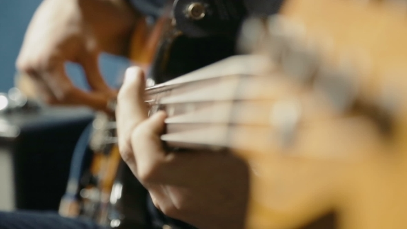 VideoHive Bass Guitar Player 10732905