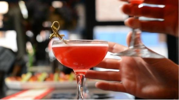 Seven Girls Seven Cocktails One Bar