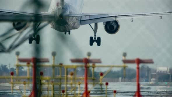 Plane Landing Zoom Telephoto Barcelona Airport 13