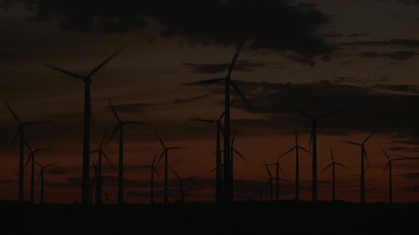 Power Windmills In The California Desert At Sunset 5