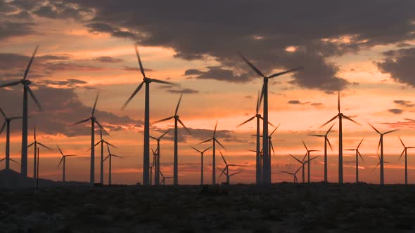 Power Windmills In The California Desert At Sunset 10