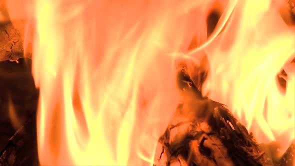 VideoHive Camp Fire Clip 4 10976911