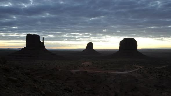 Time Lapse Of Sunrise Monument Valley Utah 4k 3