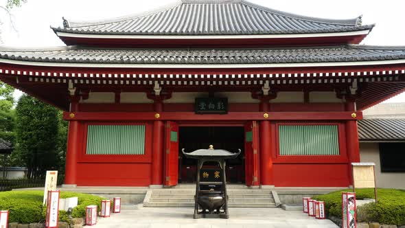 VideoHive Zoom Out Of Side Temple At Sensoji Temple Tokyo Japan 10977184