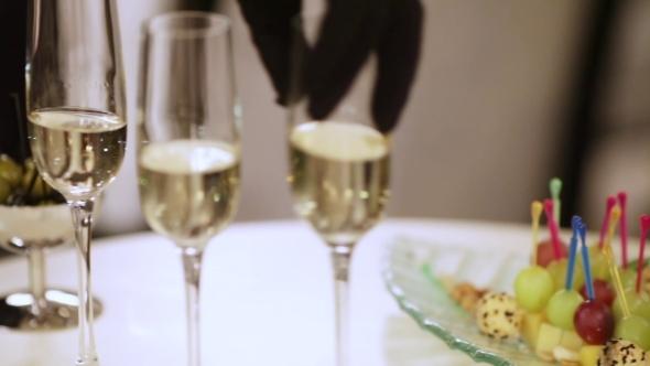 VideoHive Champagne Glasses 11129321