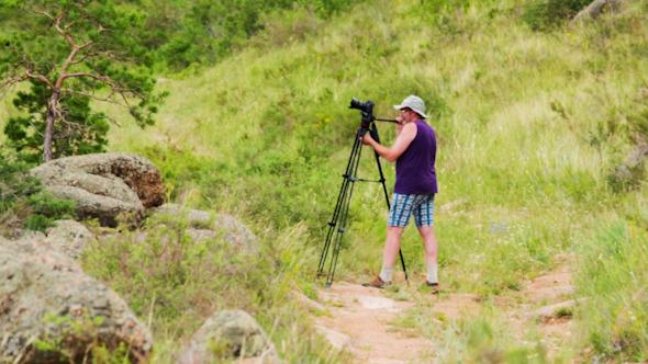 Man Shoots Landscapes 1402