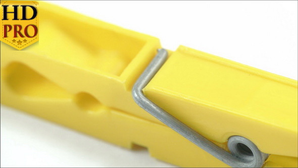 The Yellow Cloth Clip