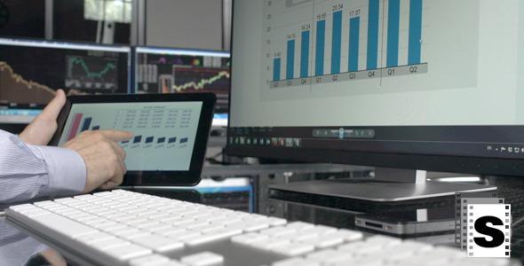 Using Digital Tablet In Office