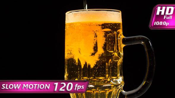 VideoHive Inflowing Beer 11458420