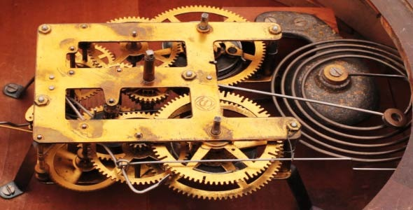 The Mechanism Of The Old Clock 3