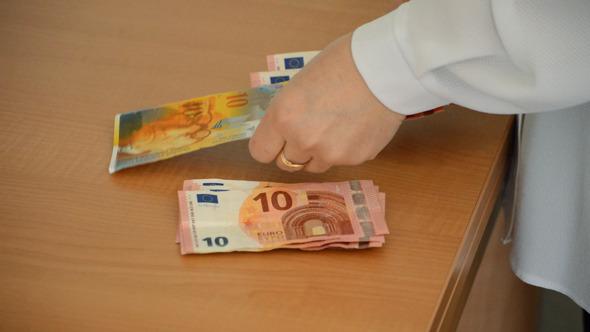Sorting European Money