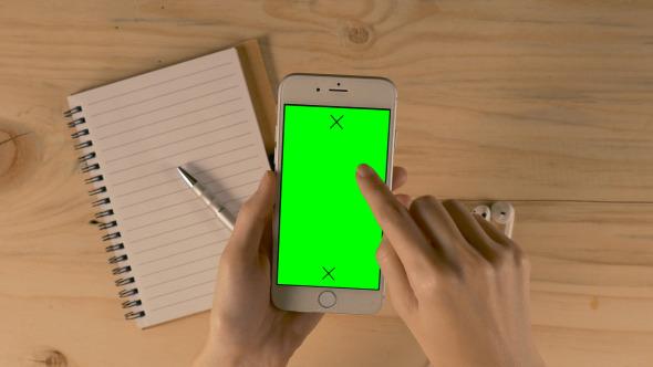 Using Smartphone Green Screen