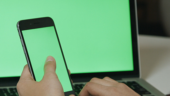 Using Smartphone with Laptop Green Screen