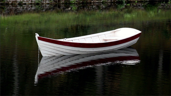 VideoHive Chain Attached to the Boat 11686995