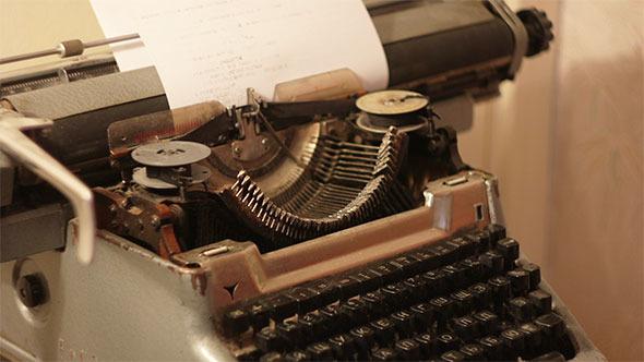 Oldfashion Typewriter