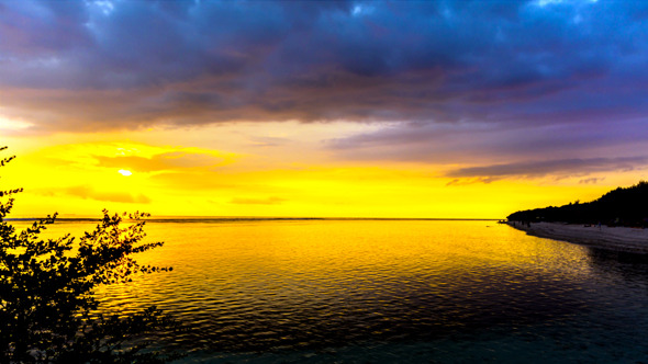 VideoHive Golden Sunset Beach with Cloudy Sky 11653134