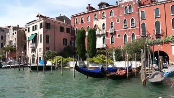 Scenes Of Venice 2 Of 32