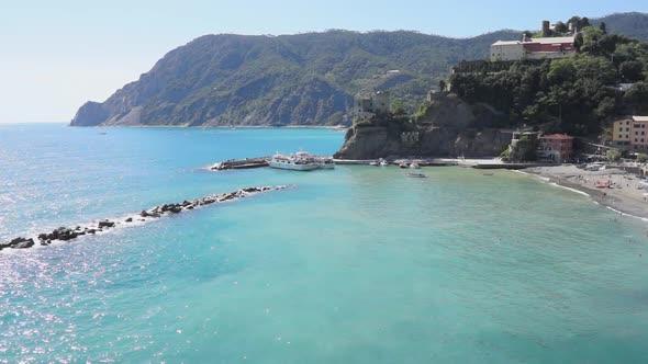 VideoHive Coastal Scenes Of Monterosso 13 Of 32 12009643
