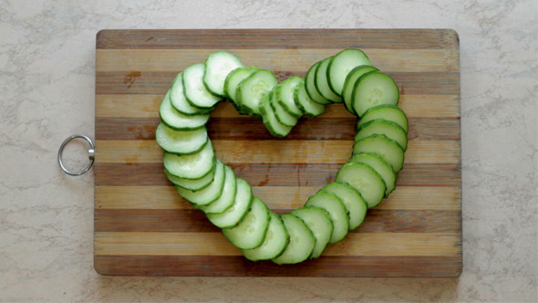 VideoHive Division of Cucumber as a Heart 12156474