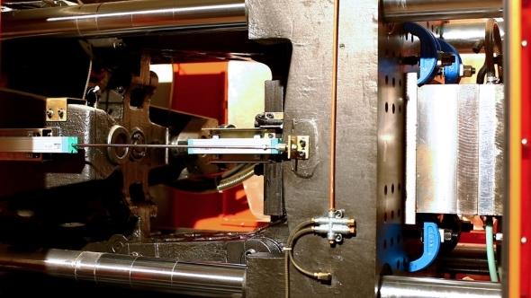 VideoHive Squeeze Molding Machine Prepare Plastic Detail 12157826
