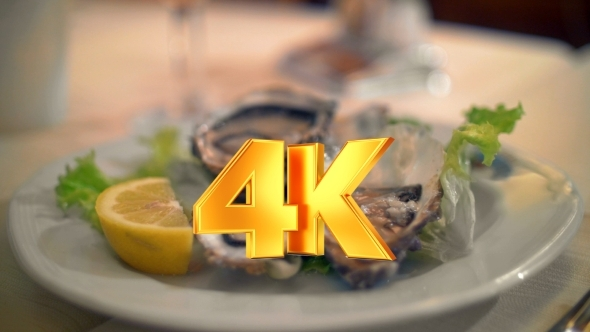 VideoHive Pouring Lemon Juice On Oysters 12166790