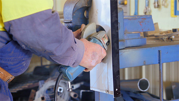 VideoHive Cutting Metal With Angle Grinder 12169526