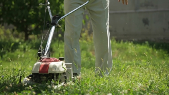 VideoHive Lawnmower Man 12206810