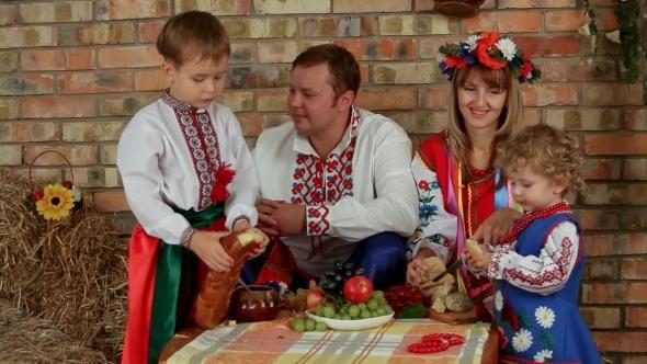 VideoHive Ukrainian Family Dinner 12212414