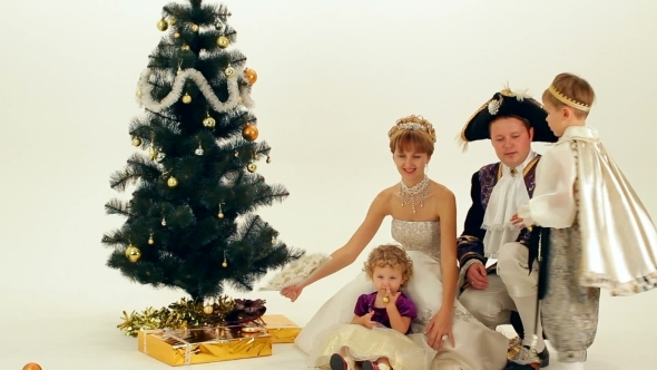 VideoHive Royal Family 12217679