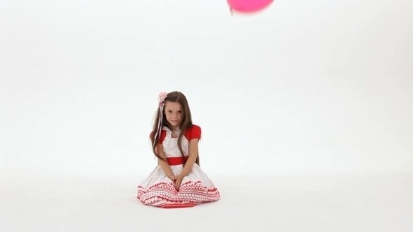 VideoHive Balloons Fly For A Girl 12220935