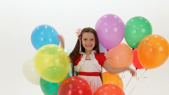 VideoHive Girl Playing With Balloons 12221192