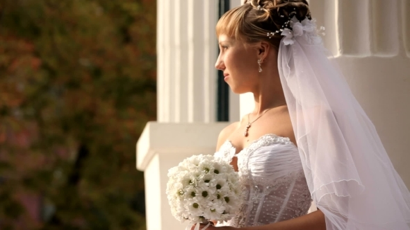 VideoHive Bride Looks At The Sun 12223475