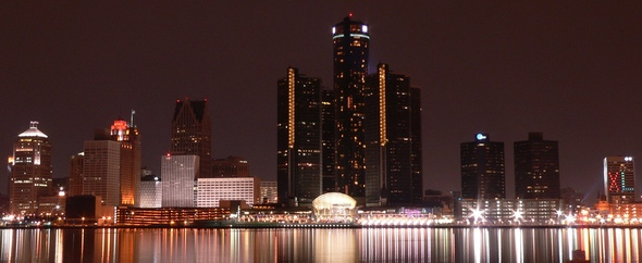 Detroit night skyline thumb 590x242 74280