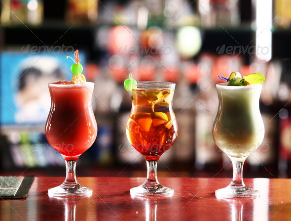 PhotoDune cocktail 1293715