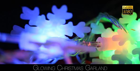 Glowing Christmas Garland 2