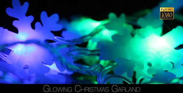 Glowing Christmas Garland 4