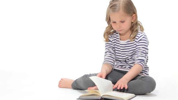 Download Little Girl Leafs The Book nulled download