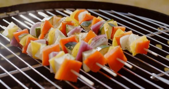 Terve värikäs Kebabs tuoreet vihannekset - Ruoka Arkistofilmit