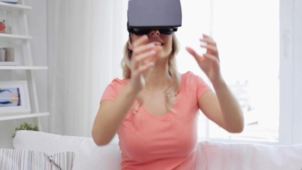 Nainen Virtual Reality Kuulokkeet Tai 3d Glasses 9 - People Arkistofilmit