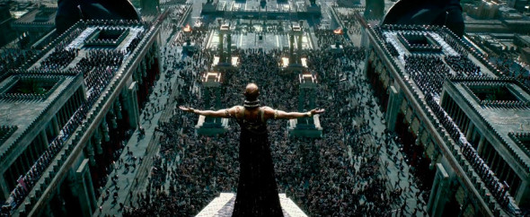 300_rise_of_an_empire_xerxes02-590x242
