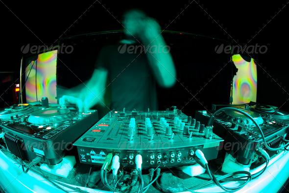 PhotoDune dj ghost 1657234