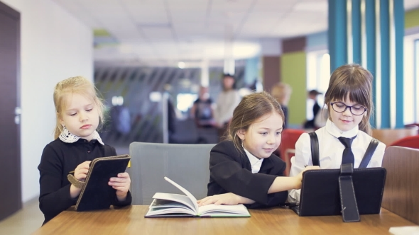 VideoHive School Children Communicate And Do Lesson School 17015223