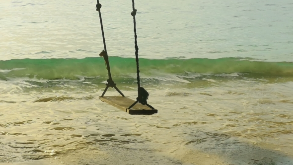 VideoHive A Rope Swings On The Beach 17017640