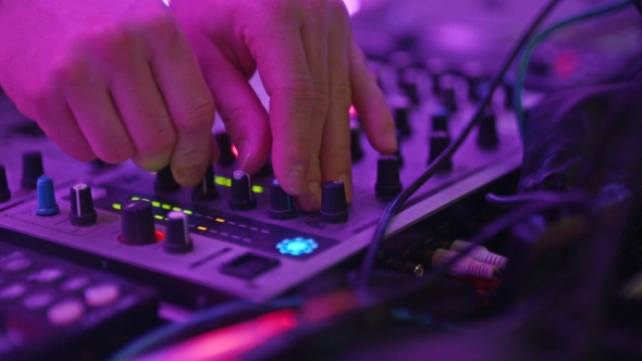 VideoHive Dj Playing And Mixing Music 17037328