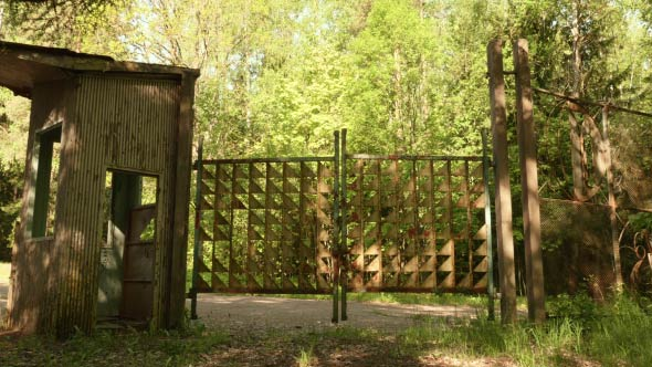Download Gates to the Abandoned Kids Camp  nulled download